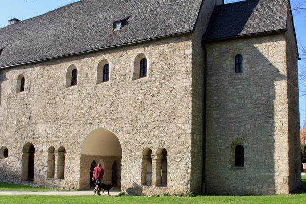 Die Torhalle – der älteste Teil des Klosters Frauenwörth