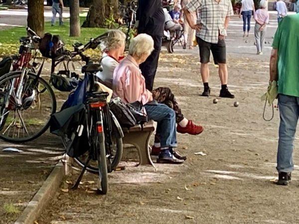 Boule-Spieler im Hofgarten
