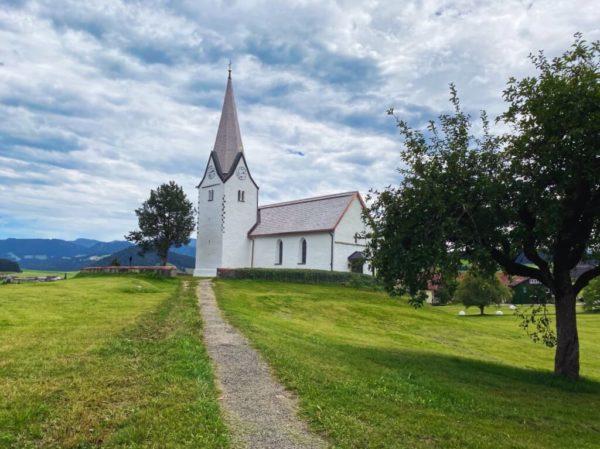 St. Stephan in Genhofen am Jakobsweg