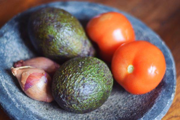 Gemüse für den Avocadosalat aus Myanmar