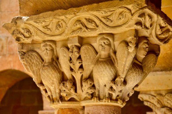 Kloster Santo Domingo de los Silos – romanisches Figurenkapitell