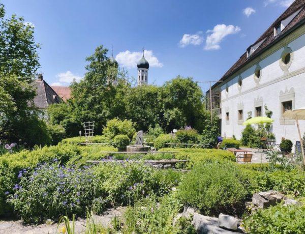 Kräutergarten am Kloster Benediktbeuern