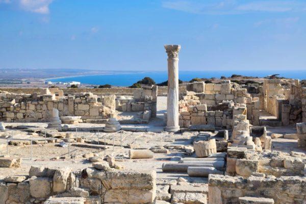 Die Ruinen von Kourion mit Blick über die Küste