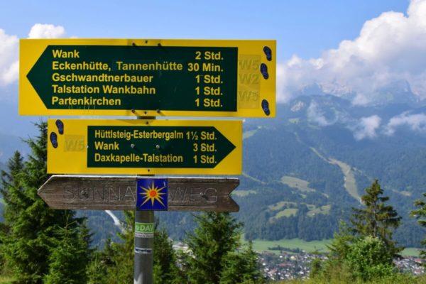 Wegweiser zur Esterbergalm