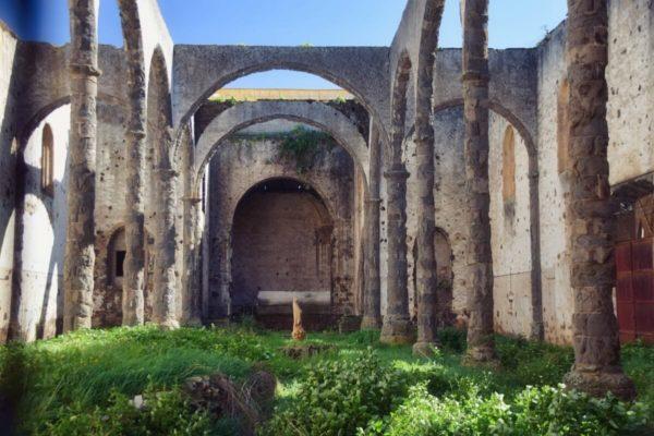 Kirchenruine in La Laguna
