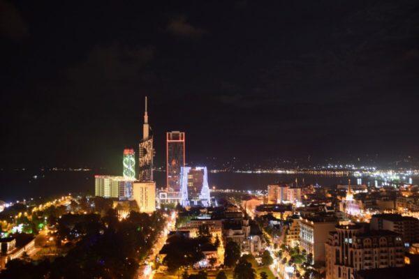Batumi, Georgien, bei Nacht