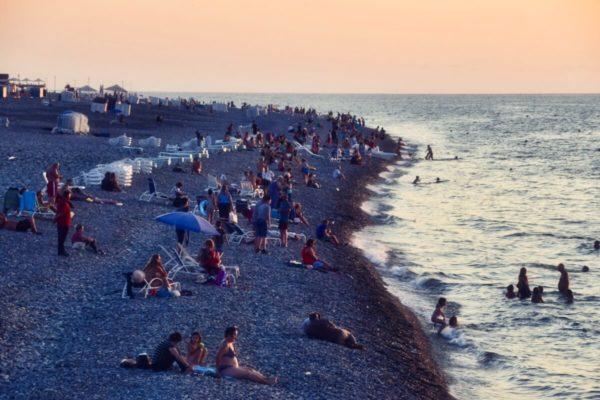Batumi, Georgien, Strand am Abend