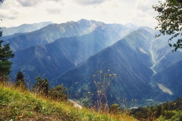 Georgien, Swanetien – Falten des Kaukasus