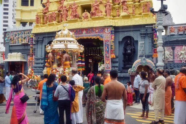 Citytrip Singapur: Hindufest in Katong
