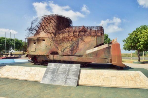 Sri Lankas Norden: Panzer am Elefantenpass